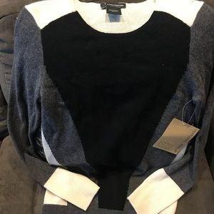 💯 Cashmere block sweater. By Bloomingdale's.